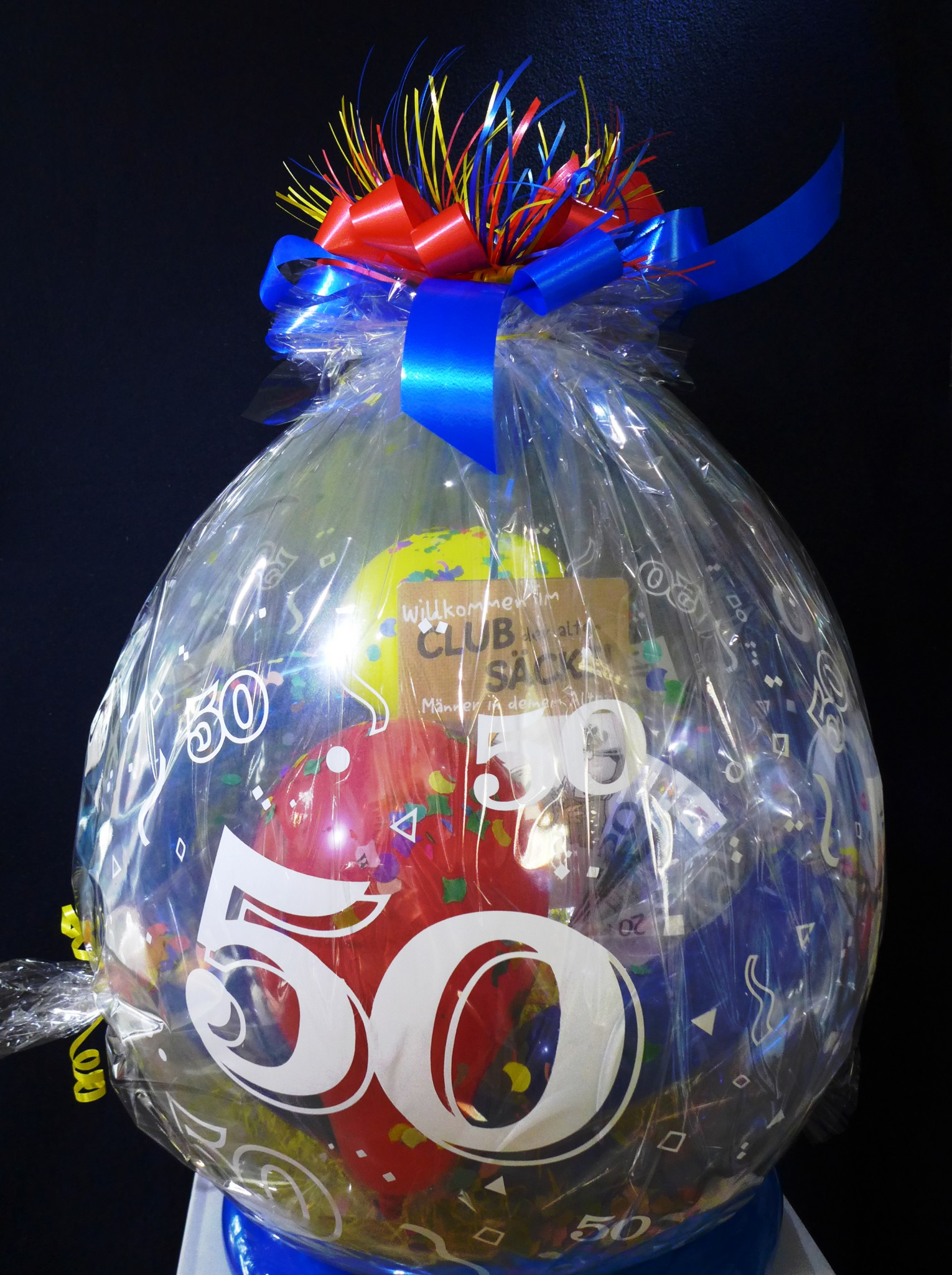 Abgehobene Geschenke Ballons Und Ballondekorationen